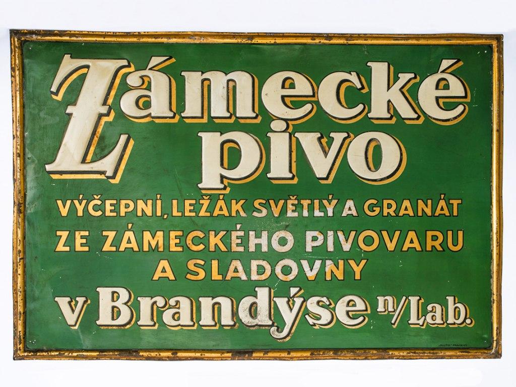 <p>Reklamní cedule brandýského Zámeckého pivovaru umísťovaná do hospod, počátek 20. století.</p>