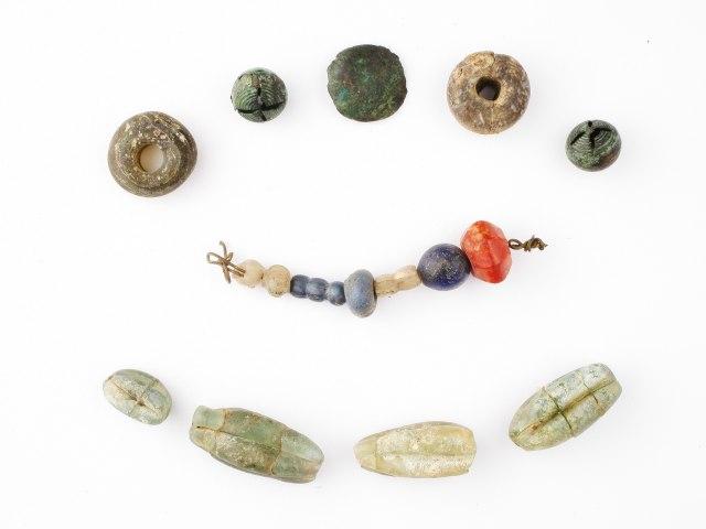 Šperky a ozdoby Středověk 1